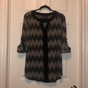 Ladies black and white XL blouse